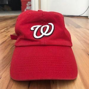 Red Washington nationals hat